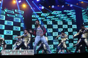 Da-Bangg Live in Concert - Big Bang by Bollywood Superstars